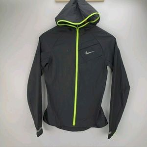 Nike Lightweight Reflective Packable Jacket Size S